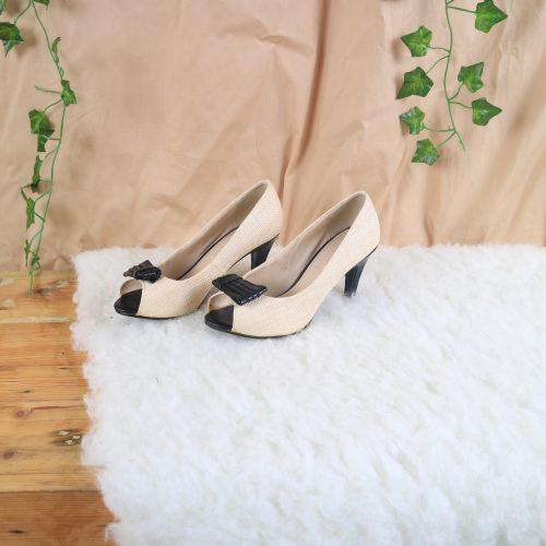 Calliope Heels Wanita Cream 35